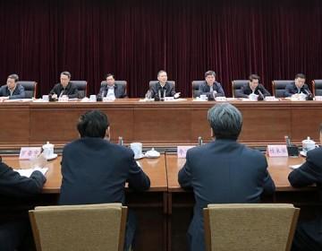黄明强调:坚决拥护改革 支持改革 参与改革